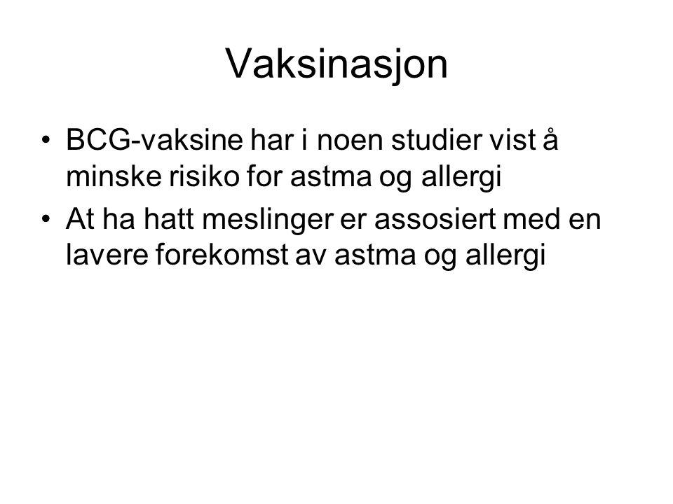 Vaksinasjon •MMR-vaksinerte mindre risiko for inleggelse med alvorlig astma •En stor multisenterstudie fann ikke samband mellom idag brukte vaksiner og astma og allergi