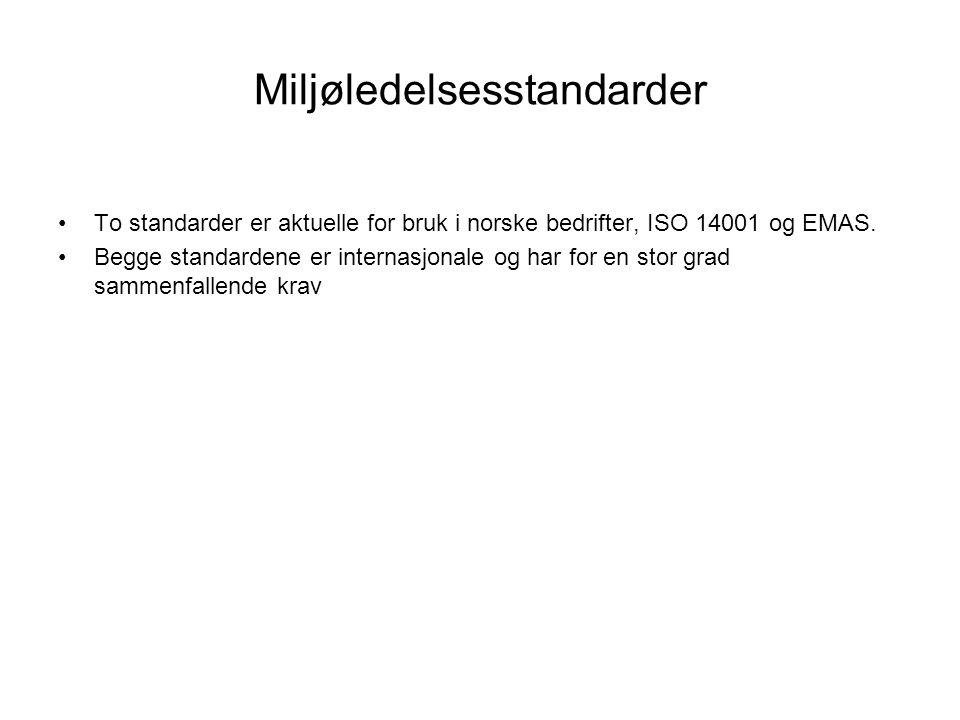 ISO 14001 •ISO 14001 kom i revidert utgave i 2004 •Kravene i ISO 14001 finnes i kapittel 4 •Det er mange skal i kapittel 4, det er en god idé å understreke dem i teksten: Det er krav dere må innfri.