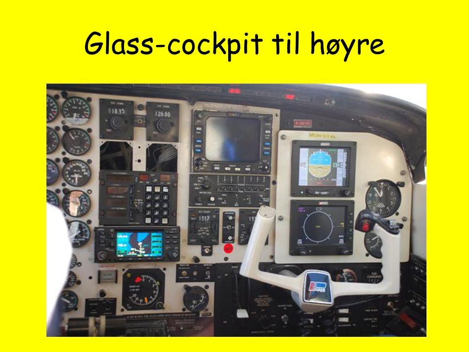 Glass-cockpit til høyre