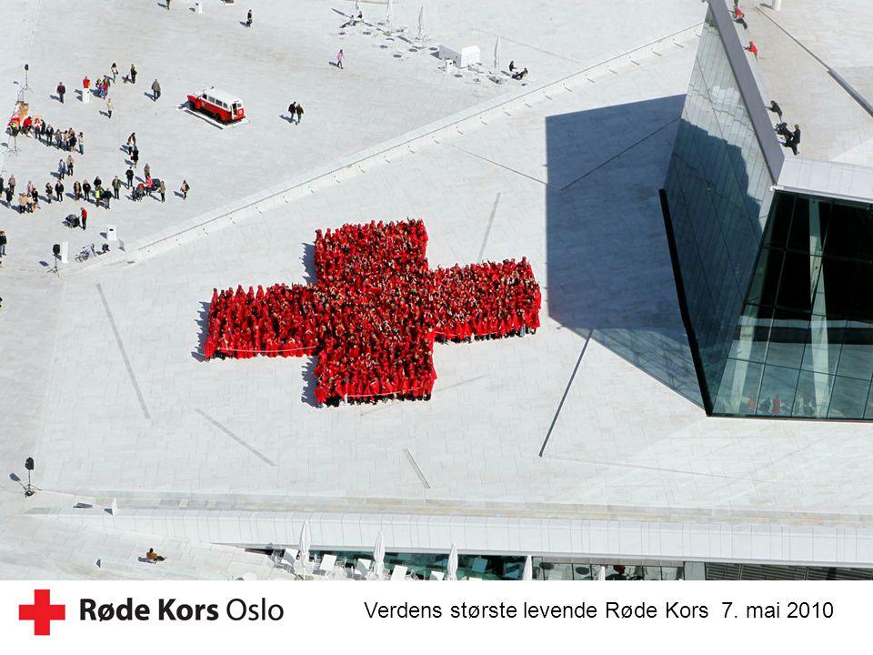 Verdens største levende Røde Kors 7. mai 2010