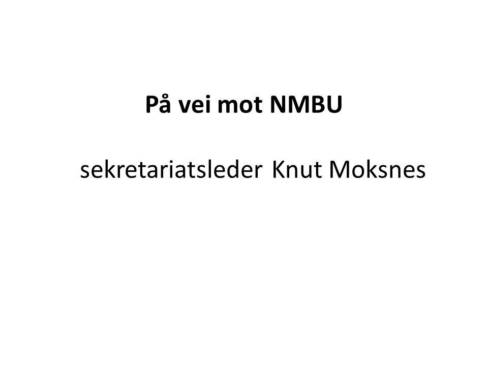 På vei mot NMBU sekretariatsleder Knut Moksnes