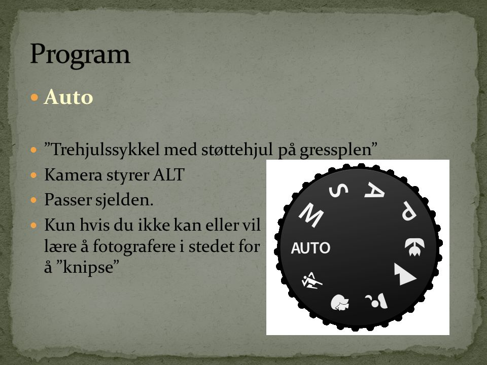 Program Auto Trehjulssykkel med støttehjul på gressplen