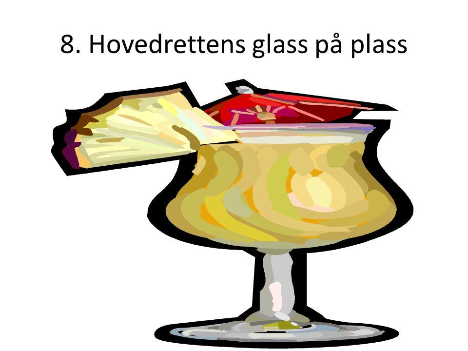 8. Hovedrettens glass på plass