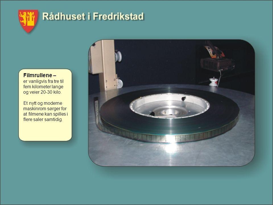 Filmrullene – er vanligvis fra tre til fem kilometer lange og veier 20-30 kilo.