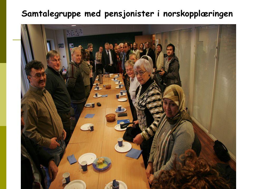 Samtalegruppe med pensjonister i norskopplæringen
