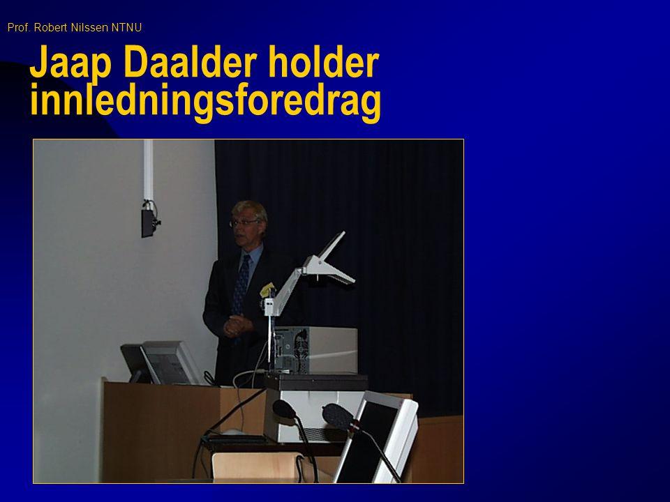 Jaap Daalder holder innledningsforedrag