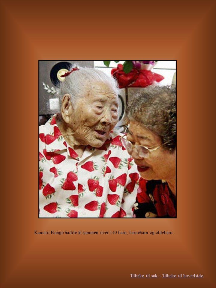 Kamato Hongo hadde til sammen over 140 barn, barnebarn og oldebarn.