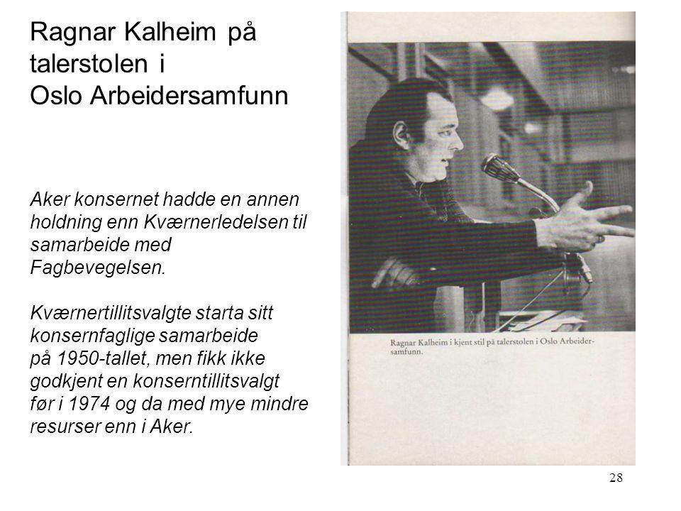Ragnar Kalheim på talerstolen i Oslo Arbeidersamfunn