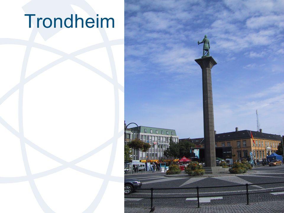 Trondheim Soluret på Torvet i Trondheim ble restaurert for ikke så lenge siden. Skriverier i avisa at soluret ikke var mer nøyaktig en tidligere.