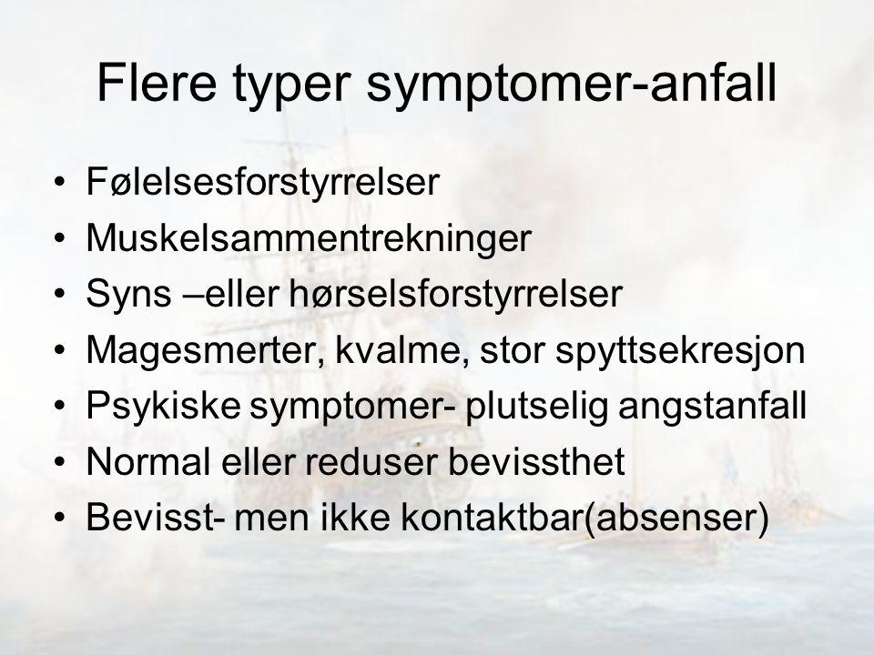 Flere typer symptomer-anfall