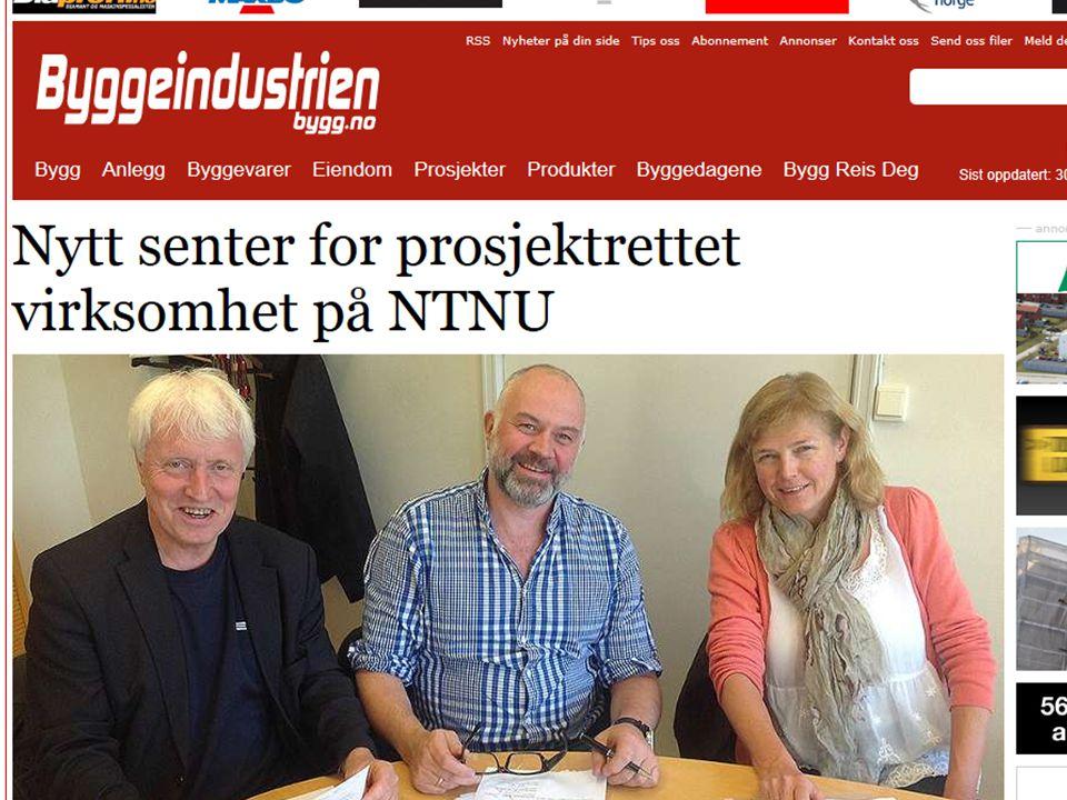 Ingvald Strømmen (dekan Fakultet for ingeniørvitenskap og teknologi), Fredrik Shetelig (dekan Fakultet for arkitektur og billedkunst) og Marit Reitan (dekan Fakultet for samfunnsvitenskap og teknologiledelse) etter signeringen av avtalen.