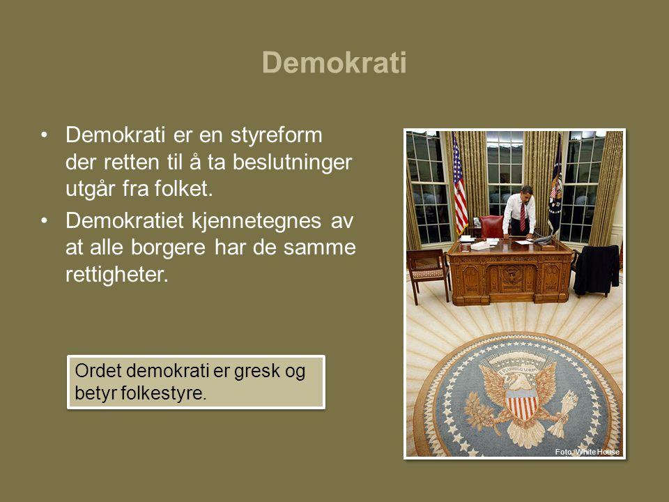 Demokrati Demokrati er en styreform der retten til å ta beslutninger utgår fra folket.