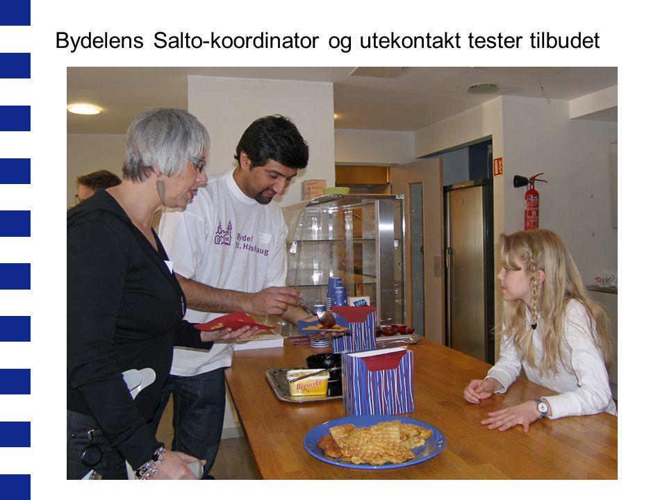 Bydelens Salto-koordinator og utekontakt tester tilbudet