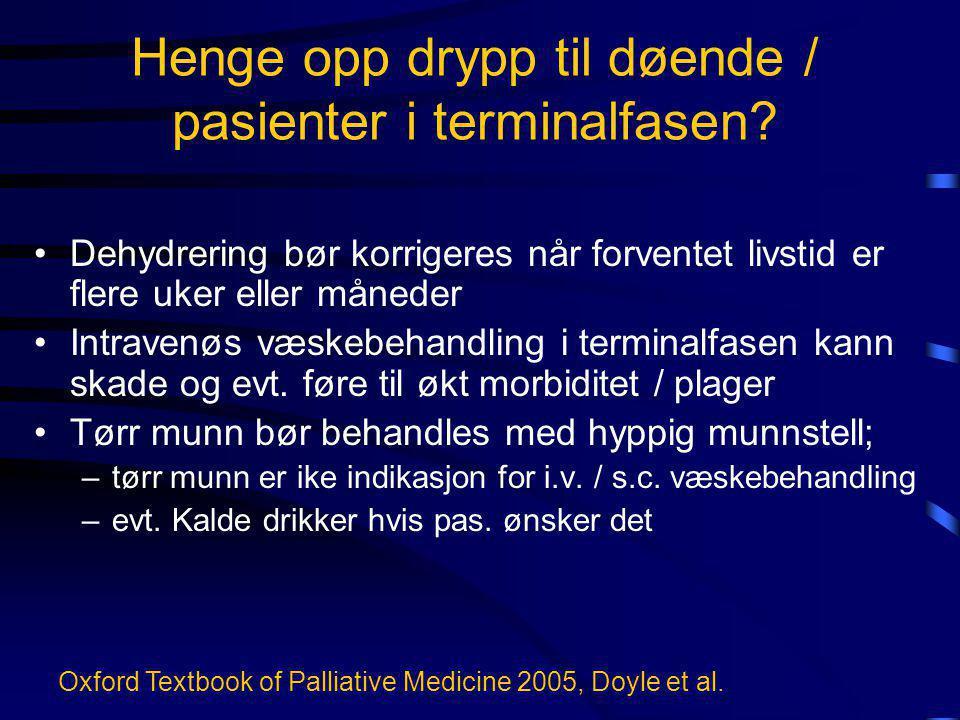 Henge opp drypp til døende / pasienter i terminalfasen