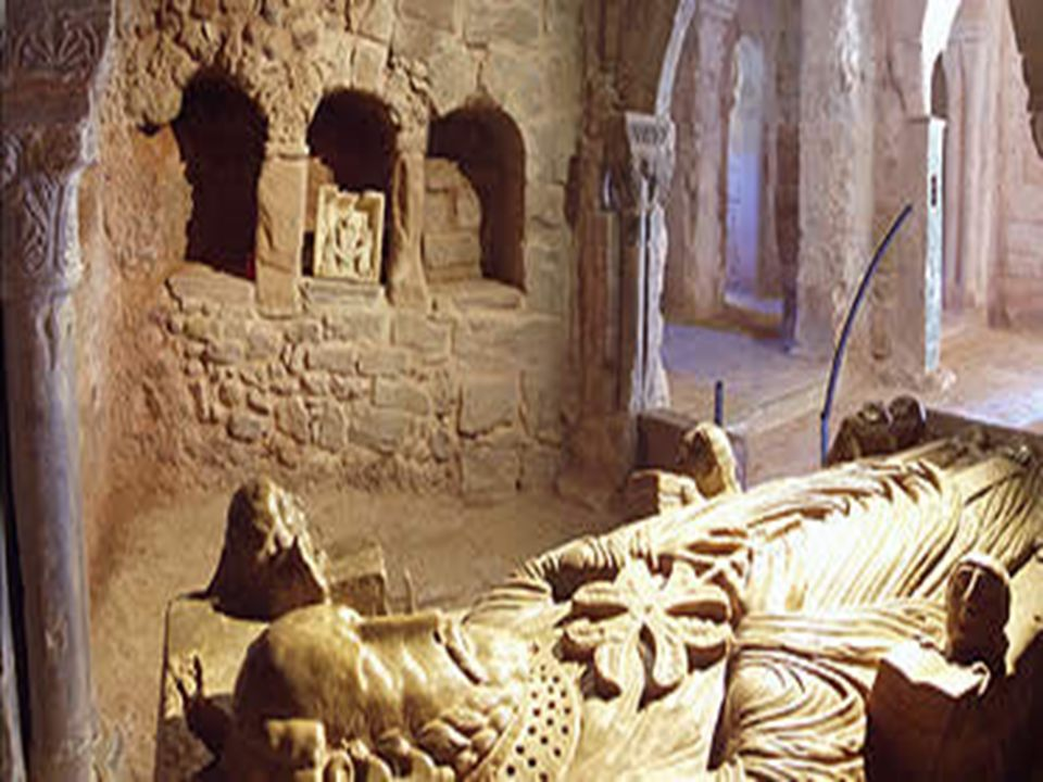 Pavekirken Kristendommen spilte en stor rolle i sammensmeltingen av ulike folkegrupper.