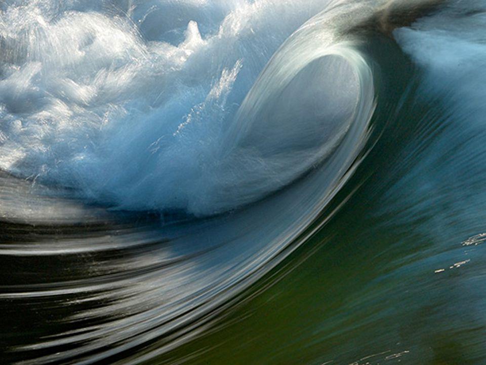Hva med havbølger, de kan være spektakulære.