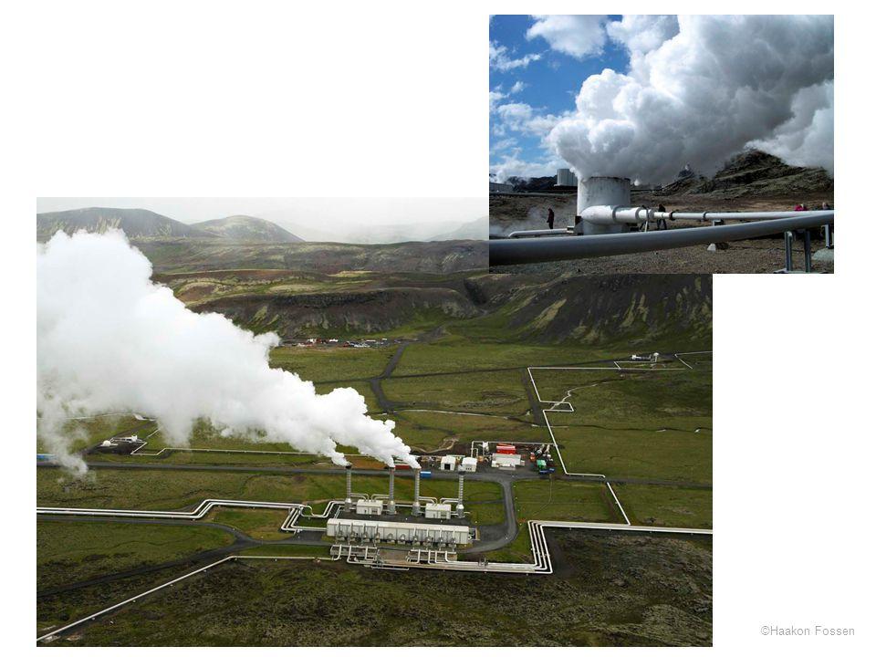 Foto fra varmekraftverket på Nesjavellir sør for Thingvellir, Island