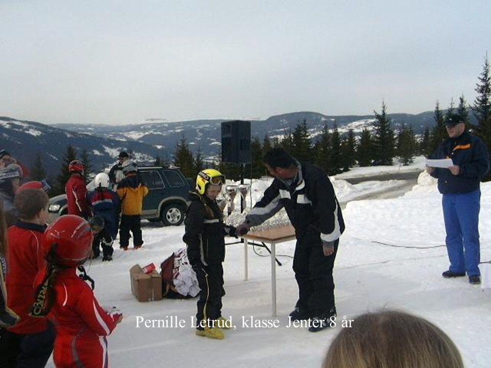 Pernille Letrud, klasse Jenter 8 år