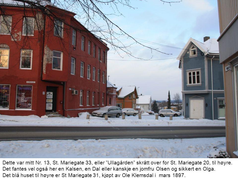 Dette var mitt Nr. 13, St. Mariegate 33, eller Ullagården skrått over for St. Mariegate 20, til høyre.