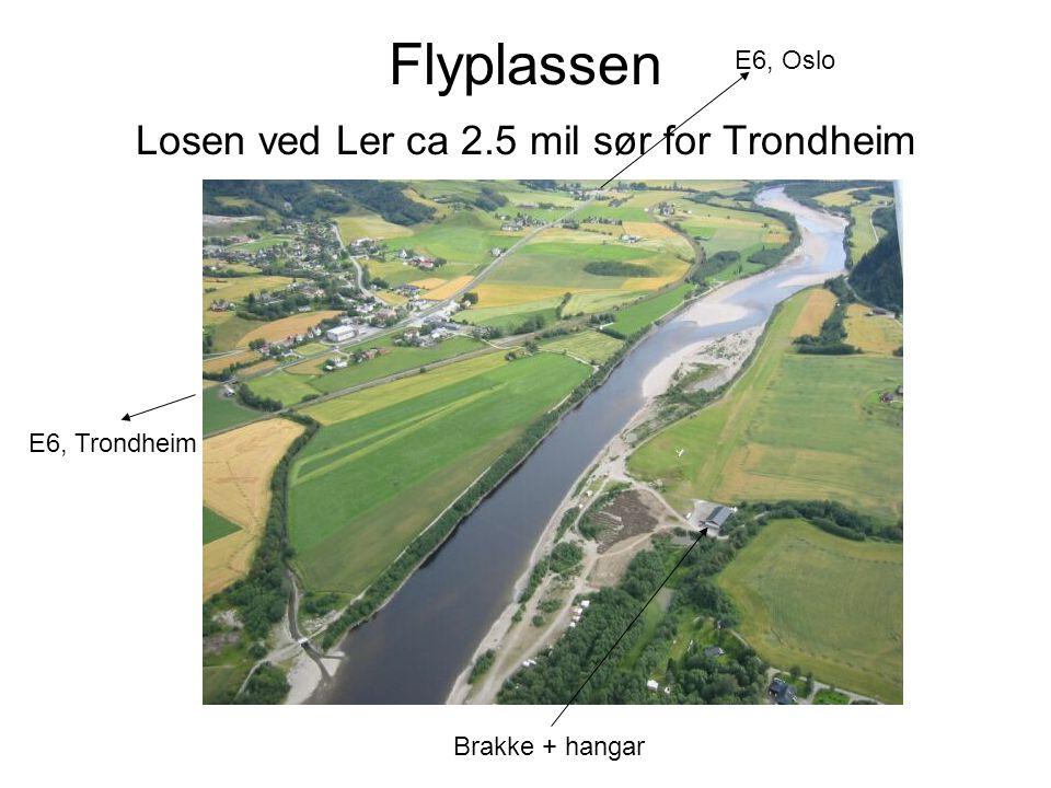 Flyplassen Losen ved Ler ca 2.5 mil sør for Trondheim