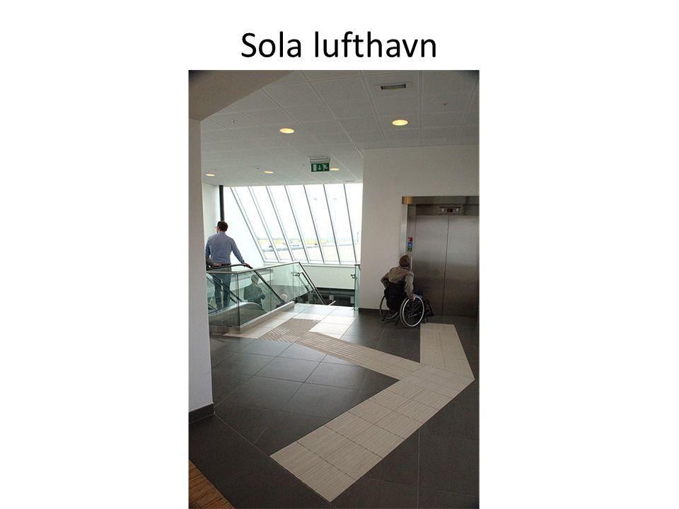 Sola lufthavn