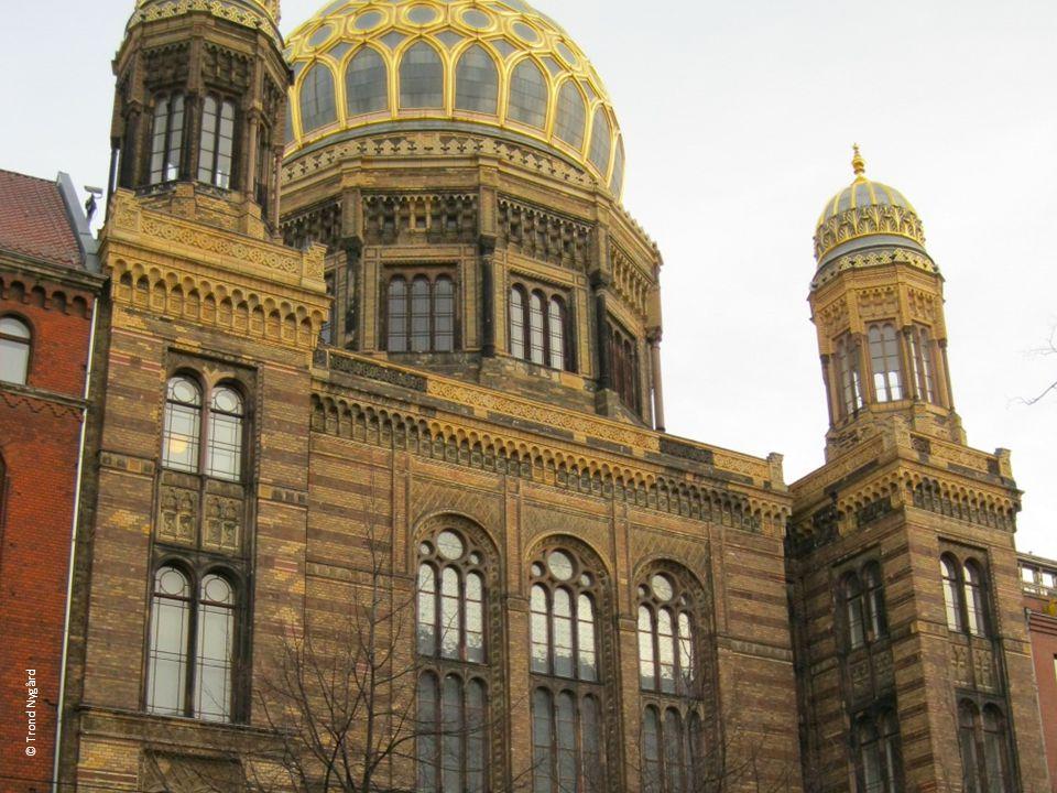Die Neue Synagoge ist heute ein Zentrum für jüdische Kultur und Geschichte.
