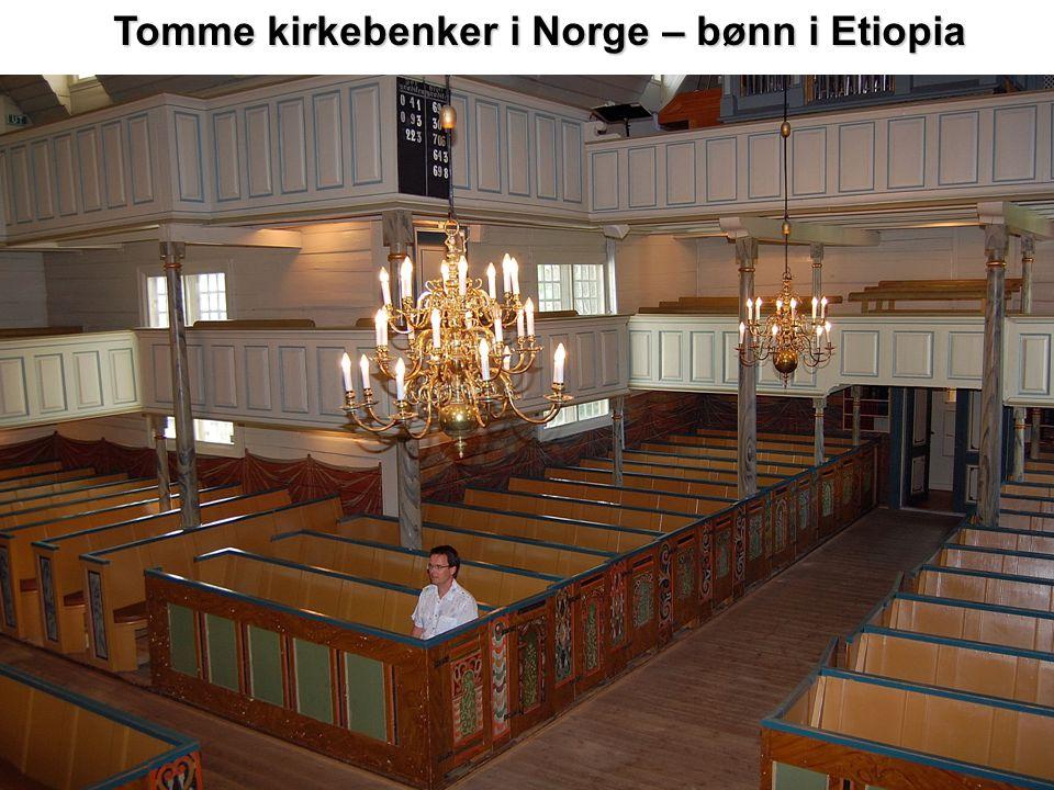 Tomme kirkebenker i Norge – bønn i Etiopia