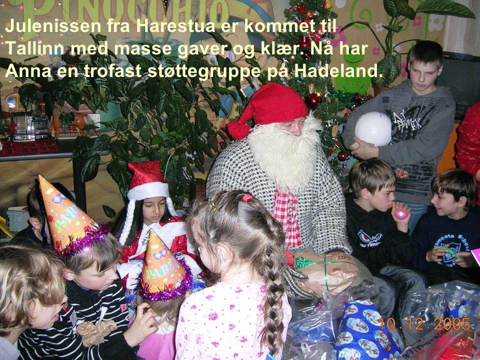 Julenissen fra Harestua er kommet til Tallinn med masse gaver og klær