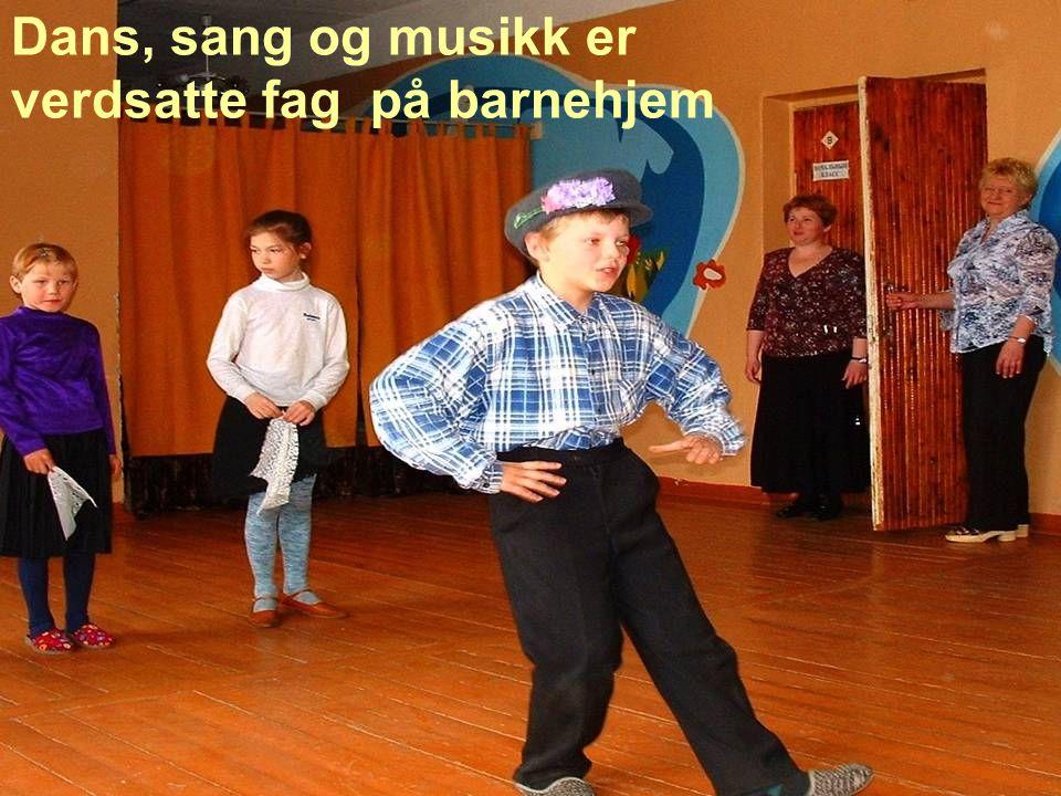 Dans, sang og musikk er verdsatte fag på barnehjem