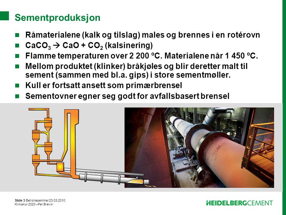 Sementproduksjon Råmaterialene (kalk og tilslag) males og brennes i en rotérovn. CaCO3  CaO + CO2 (kalsinering)