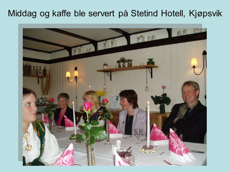 Middag og kaffe ble servert på Stetind Hotell, Kjøpsvik