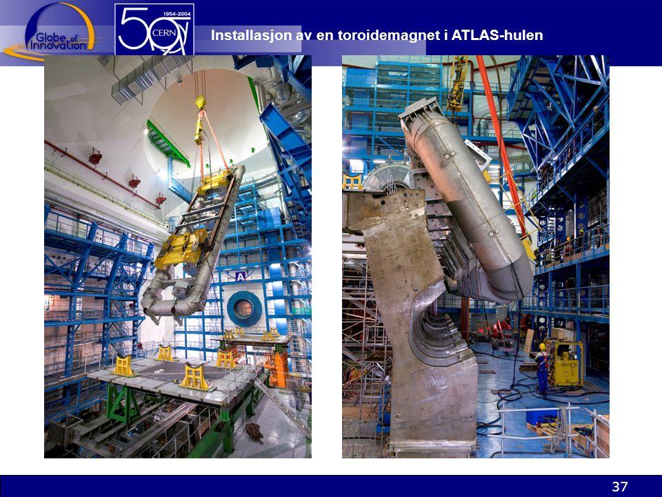 Installasjon av en toroidemagnet i ATLAS-hulen