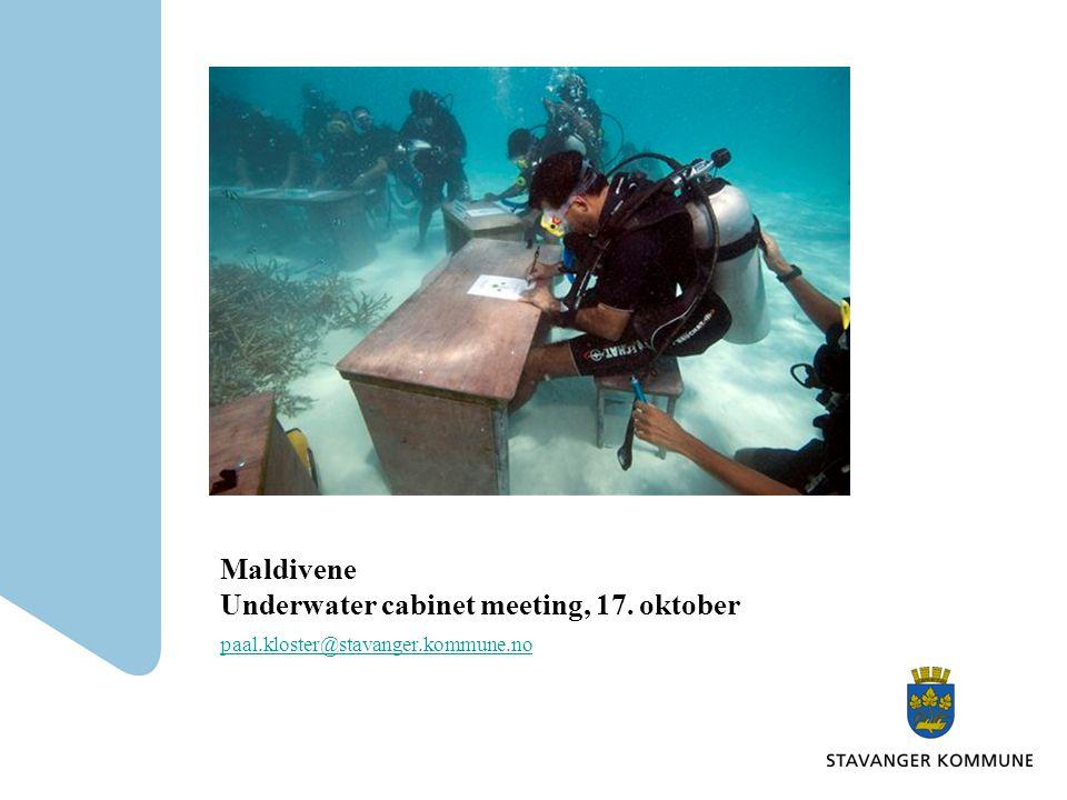 Maldivene Underwater cabinet meeting, 17. oktober