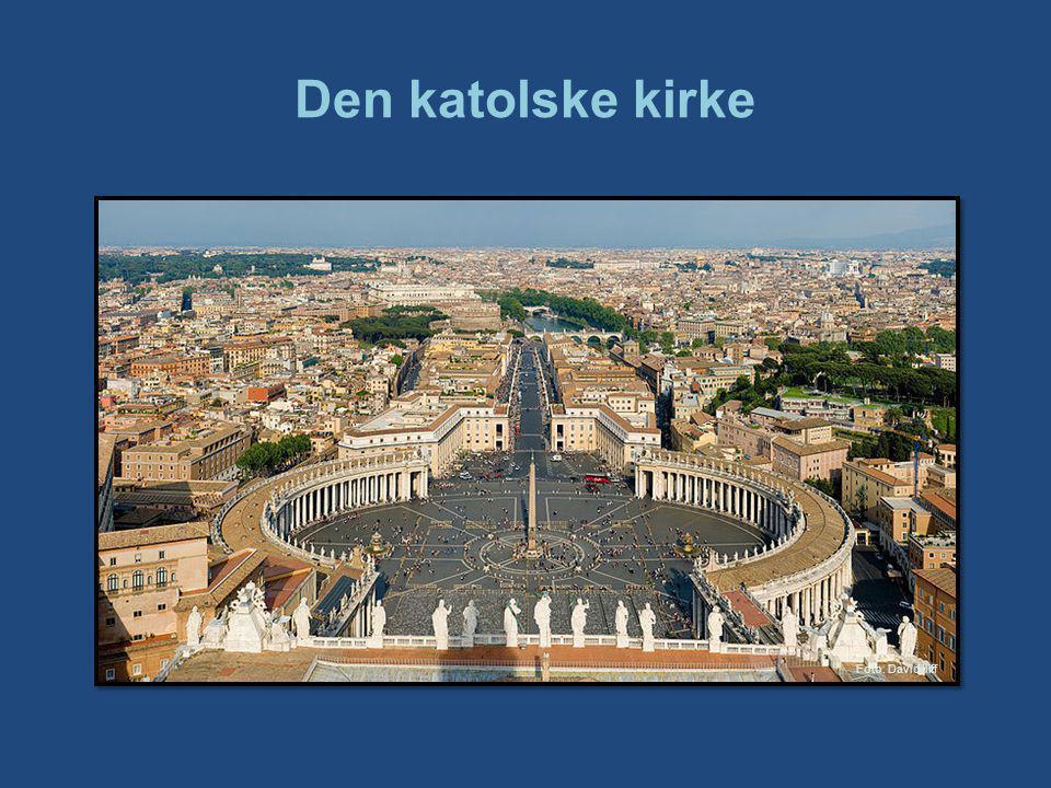 Den katolske kirke Utsikt fra Peterskirken i Roma. Foto: David Iliff
