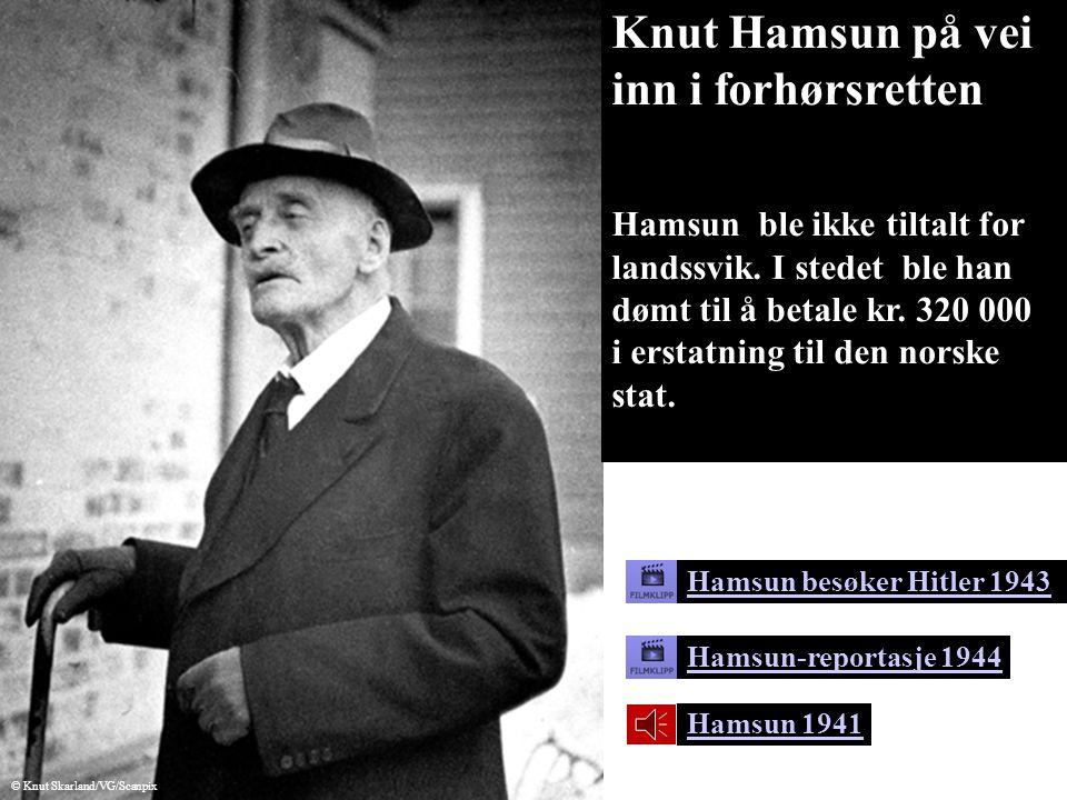 Knut Hamsun på vei inn i forhørsretten