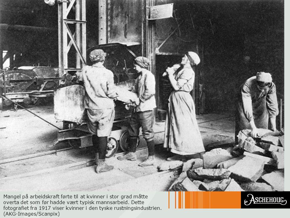 Mangel på arbeidskraft førte til at kvinner i stor grad måtte overta det som før hadde vært typisk mannsarbeid.