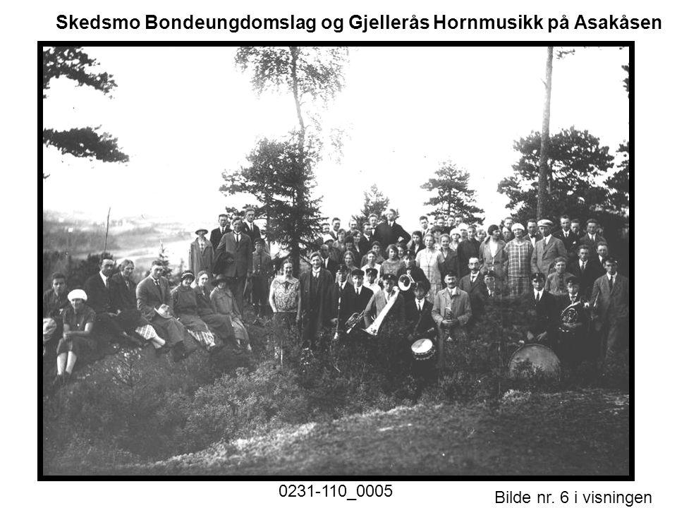 Skedsmo Bondeungdomslag og Gjellerås Hornmusikk på Asakåsen