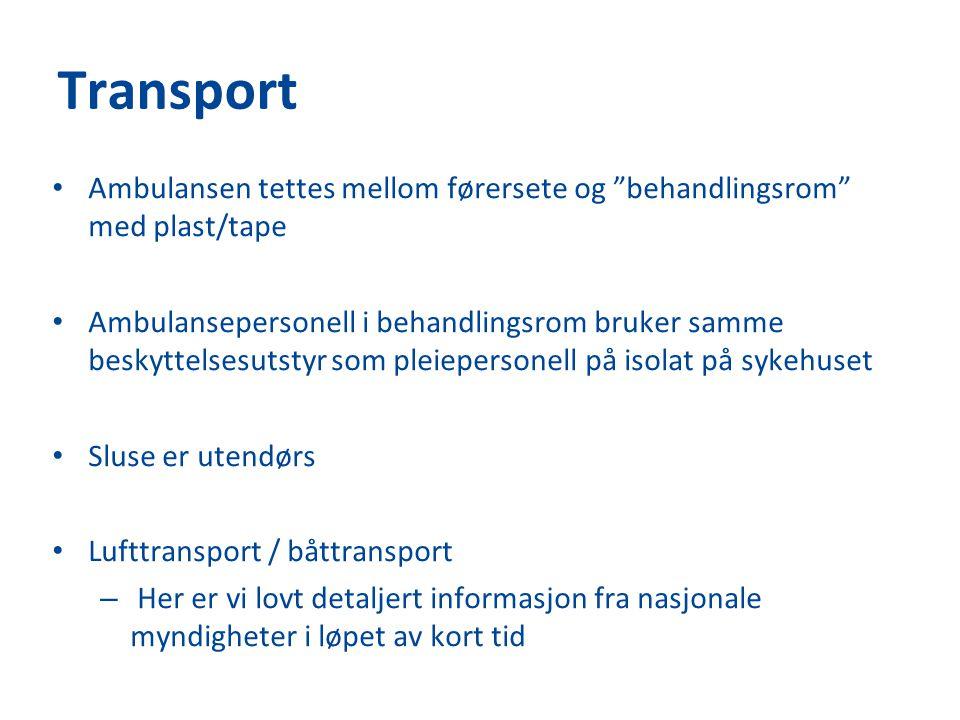 Transport Ambulansen tettes mellom førersete og behandlingsrom med plast/tape.
