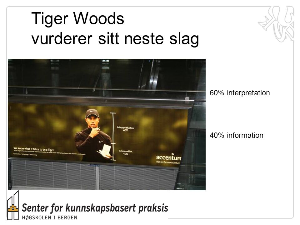 Tiger Woods vurderer sitt neste slag
