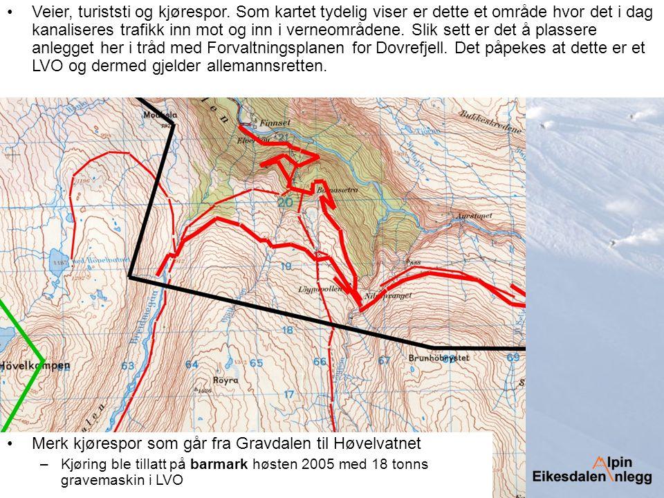 Merk kjørespor som går fra Gravdalen til Høvelvatnet