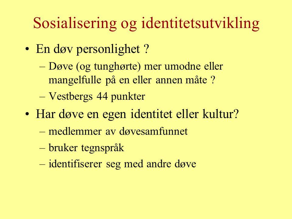 Sosialisering og identitetsutvikling